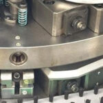 """Solutions to the """"tail shrinkage"""" defect of extruded aluminum profiles by extruder"""
